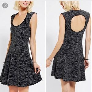 Urban Outfitters | Silence + Noise Skater Dress